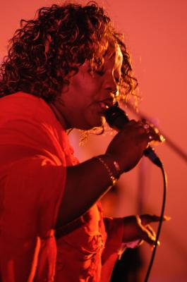 Sharrie Williams performance pictures from 2011 Review Music Awards