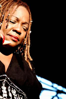 Detroit's 'Queen of the Blues' Thornetta Davis Set to Lay Down the Grooves at Scotty's Sand Bar February 11th