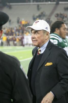 Central Michigan University's Dick Enberg returns home one last time